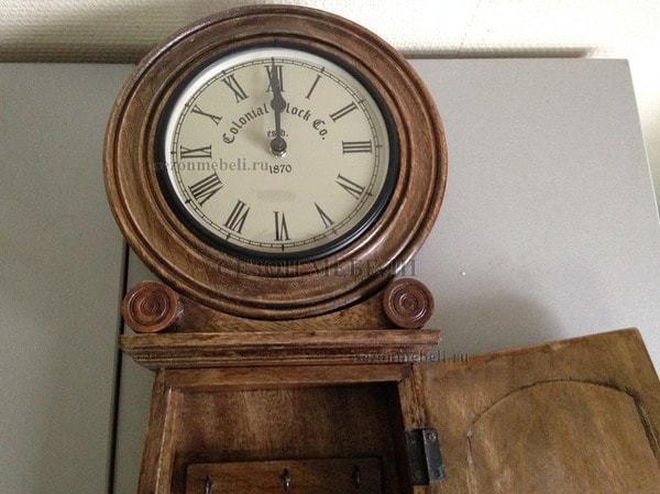 Часы колониальные с ключницей C-2632 (фото, вид 3)