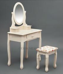Туалетный столик с зеркалом и табуретом Coiffeuse (Куэфюз) HX15-075